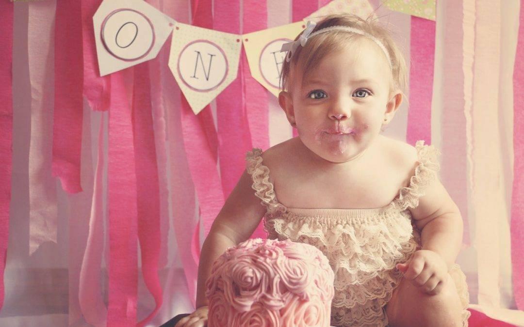 Šta pokloniti za prvi rođendan?