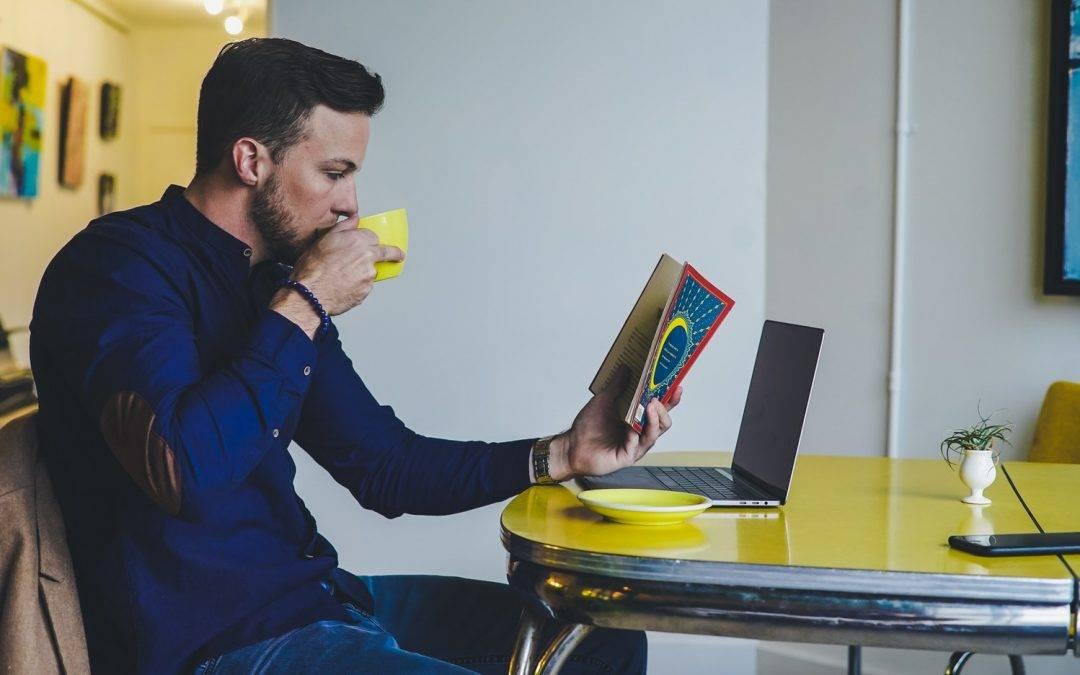 5 prednosti čitanja knjiga